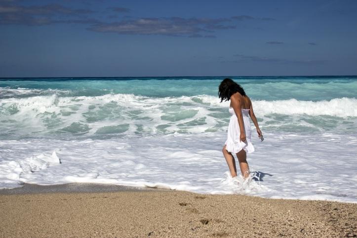 girl-sea-beach-young-52522